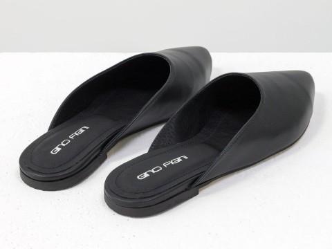 Бабуши из натуральной кожи черного цвета с острым носочком