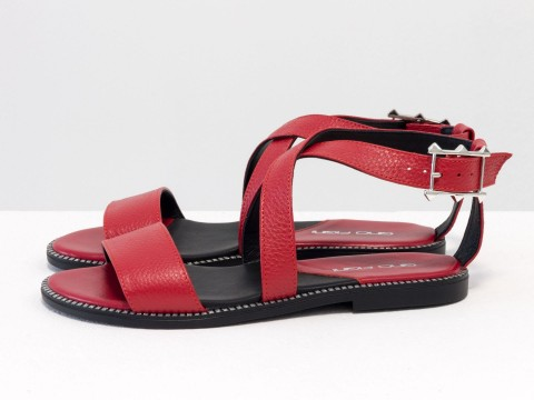 Черные босоножки из натуральной кожи красного цвета на низком ходу, С-658-04