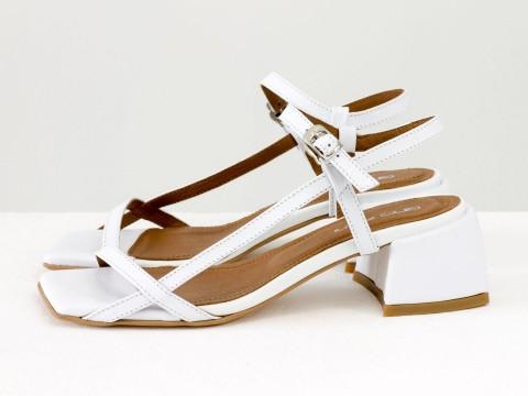Дизайнерские белые босоножки на каблуке из натуральной итальянской кожи, С-2141-11