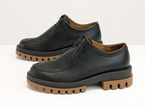 Женские черные туфли на тракторной подошве из натуральной черной  кожи, Т-2155-02