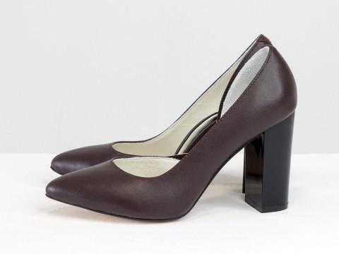Женские бордовые туфли на каблуке из кожи ,Т-1701/1-09