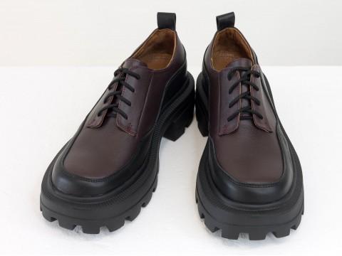 Женские черно-бордовые туфли на тракторной подошве из натуральной   кожи, Т-2154-05