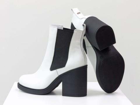 Белые женские ботинки из кожи на каблуке, Б-17330-13