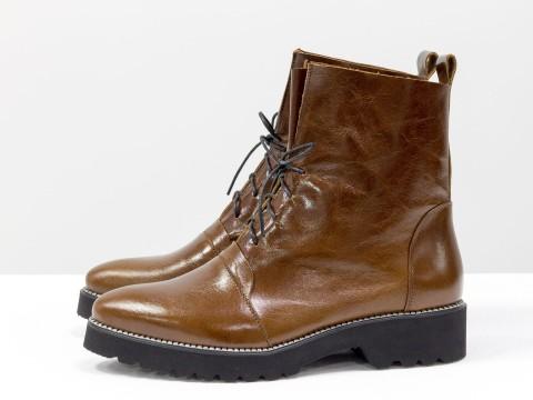 Лакированные ботинки женские из натуральной кожи коричневого цвета