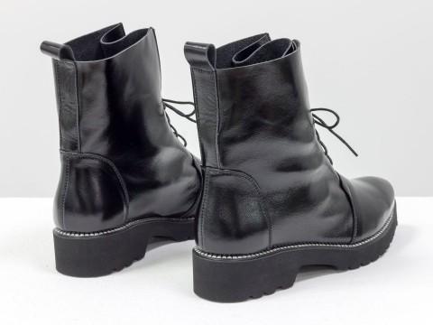 Женские лакированые ботинки из натуральной кожи черного цвета