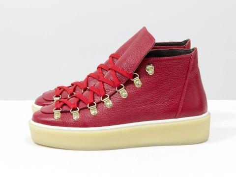 Женские спортивные ботинки красного цвета из кожи, Т-17406-03