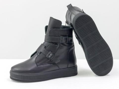 Черные кожаные ботинки с ремешками на черной подошве ,  Б-17460