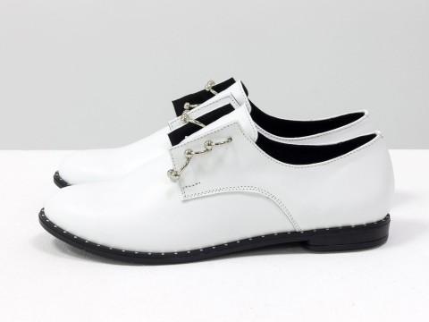 Женские Туфли Дерби из кожи с фурнитуры с кольцами в виде пирсинга, вместо шнуровки, Т-17355-07