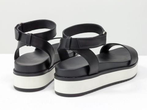 Черные босоножки из натуральной кожи  в спортивном стиле
