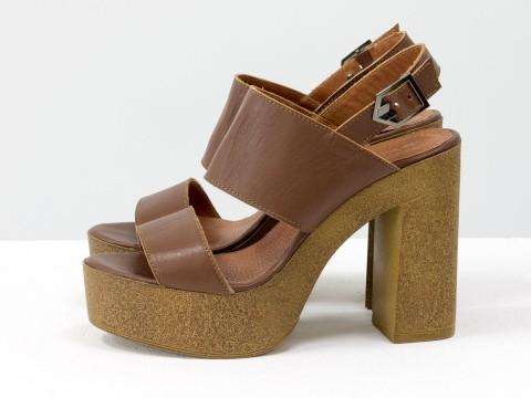Коричневые босоножки из кожи на толстом каблуке, С-17038-01