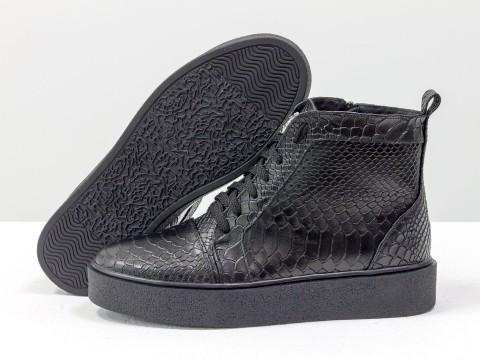 Ботинки женские на шнуровке из кожи питон черного цвета, Б-430-23