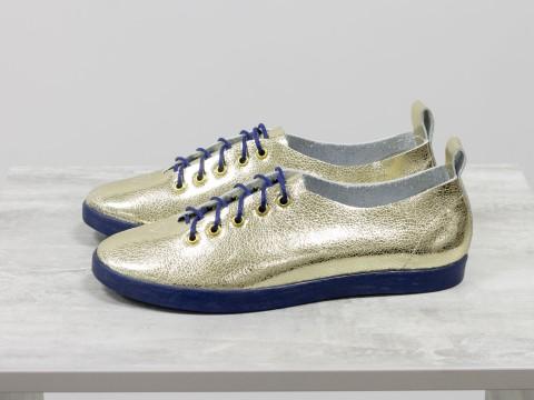 Туфли-кеды из натуральной кожи нежно-золотого цвета с лазерным напылением на темно-синей эластичной подошве,Т-17412-10