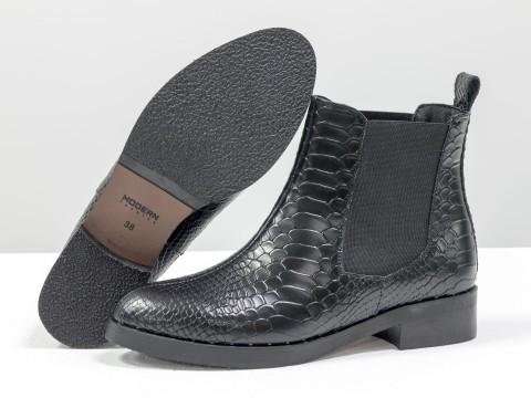 Ботинки челси из натуральной черной кожи с текстурой питон