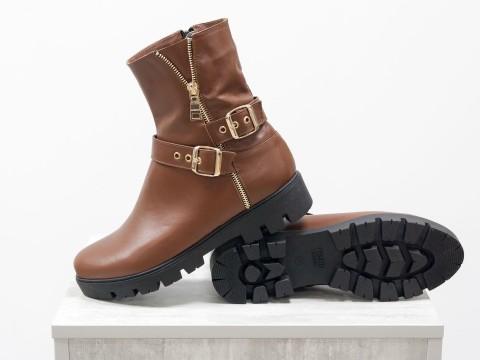 Женские ботинки светло-коричневого  цвета из натуральной кожи