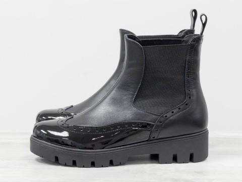 Ботинки челси с лаковым носком черного цвета на низком ходу, Б-1830-01