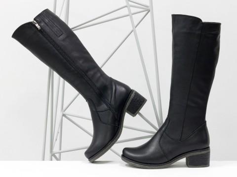 Черные женские сапоги из натуральной кожи на противоскользящей подошве