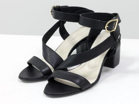 Женские черные босоножки на каблуке из натуральной кожи на среднем каблуке