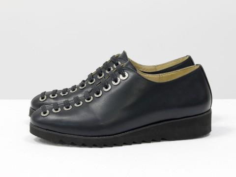 Женские черные туфли на шнуровке по всей высоте из кожи , Т-1915-02