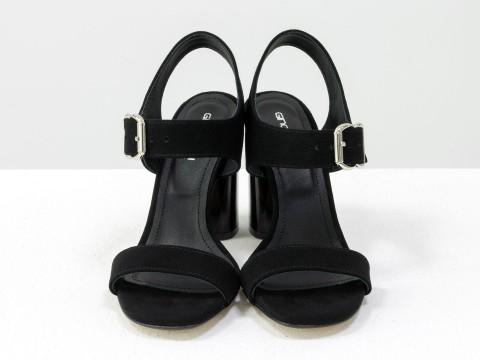 Черные босоножки на высоком каблуке из натуральной замши-велюр