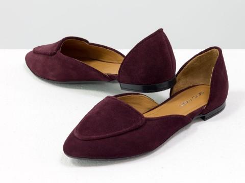 Бордовые туфли лодочки на низком ходу из натуральной замши