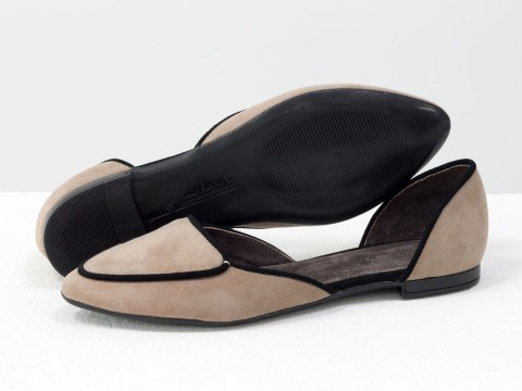 Туфли лодочки на низком ходу из замши-велюр с удлиненным носиком