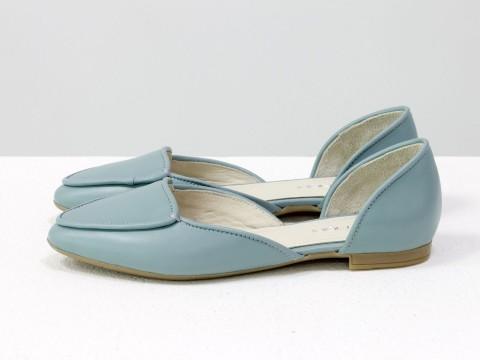Голубые туфли лодочки на низком ходу из кожи , Д-24-31