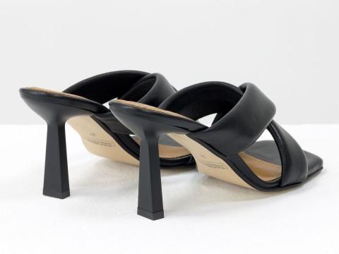 Дизайнерские черные сабо на  матовом каблуке рюмочка из натуральной итальянской кожи