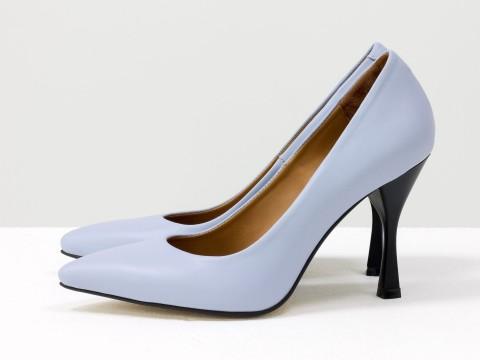 Дизайнерские туфли-лодочки на высоком  каблуке из натуральной итальянской кожи небесного цвета,  Т-2107-02
