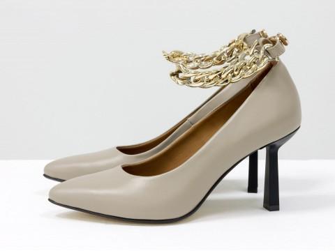 Дизайнерские туфли лодочки на  каблуке из натуральной итальянской кожи бежевого цвета,  Т-2115-04