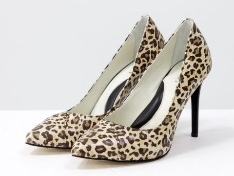 Леопардовые женские туфли лодочки из натуральной кожи на шпильке