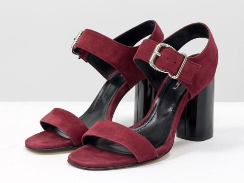 Бордовые босоножки на высоком каблуке из натуральной замши-велюр