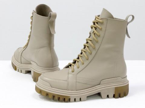 Завышенные нюдовые ботинки  из натуральной  кожи со шнуровкой, Б-2088-02