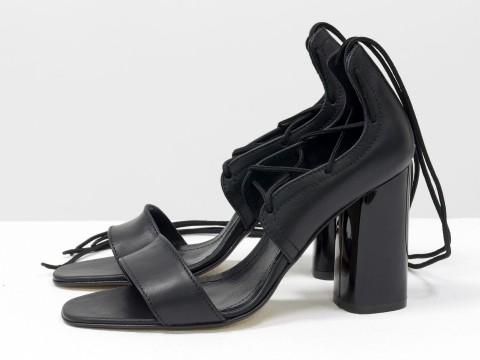 Женские босоножки на шнуровке из кожи черного цвета на каблуке, С-1944-01