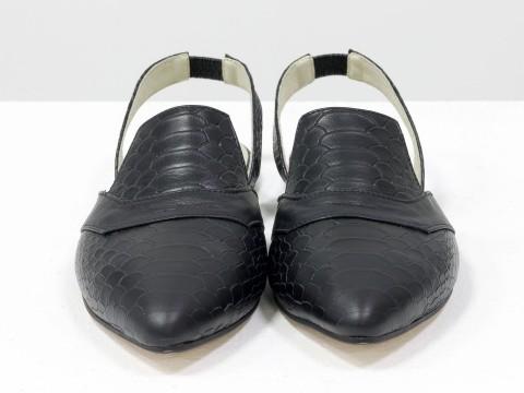 Женские туфли с открытой пяткой на низком ходу из натуральной кожи черного цвета
