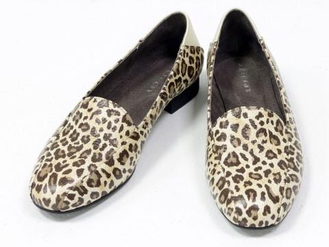 Женские леопардовые туфли на низком ходу из натуральной кожи