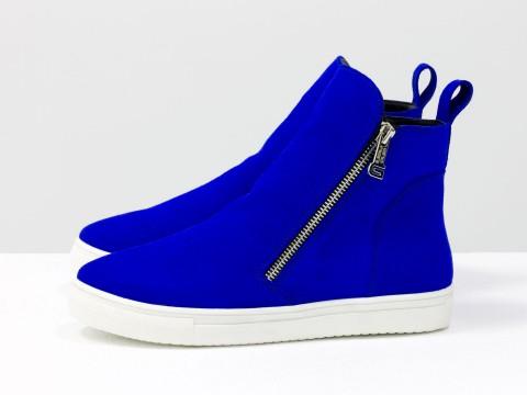 Женские ботинки на молнии из натуральной замши ярко-синего цвета без каблука, Б-407-10
