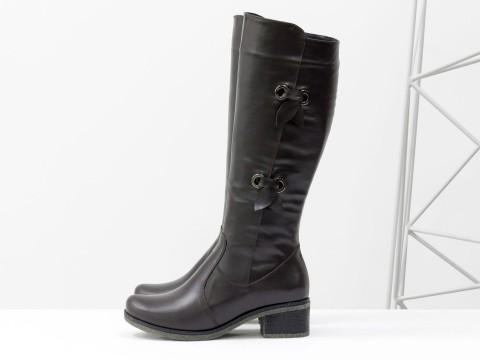 Женские коричневые сапоги из кожи на маленьком каблуке, М-103-01