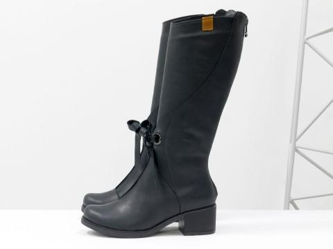 Черные сапоги для женщин из матовой натуральной кожи на маленьком каблуке, М-17500-10