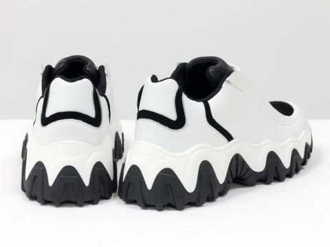 Женские черно-белые  кеды из кожи с вставками из замши на утолщенной подошве, Т-2108-01