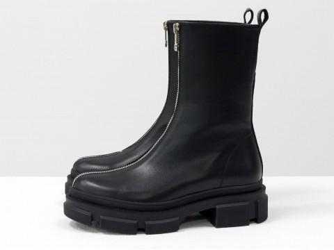 Высокие  ботинки  из черной кожи на тракторной подошве с молнией впереди, Б-2101-01