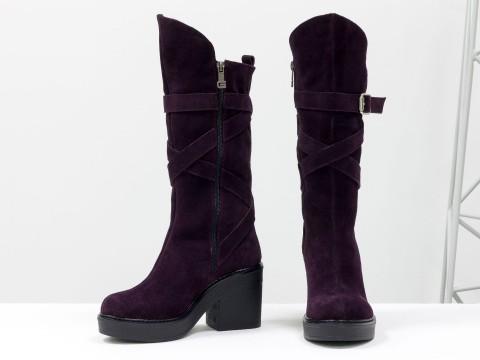 Женские бордовые сапогииз натуральной замши на невысоком каблуке