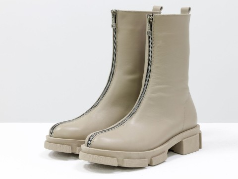 Завышенные нюдовые ботинки  из натуральной  кожи с молнией, Б-2101-02