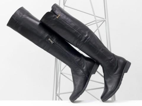 Cапоги черные из натуральной кожи на молнии сбоку, на удобной подошве