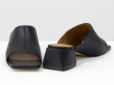 Дизайнерские черные шлепанцы на устойчивом каблуке из натуральной итальянской кожи
