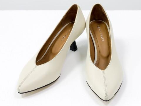 """Дизайнерские туфли-перчатки на невысоком каблуке """"рюмочка"""" из натуральной итальянской кожи бежевого цвета,  Т-2050-24"""
