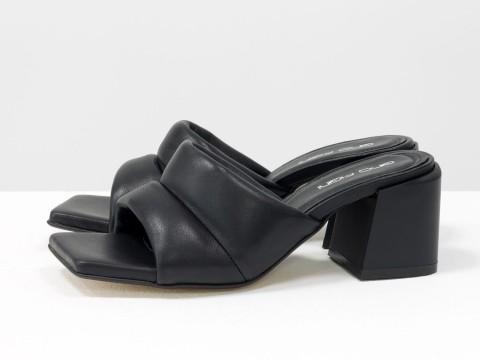 Дизайнерские черные шлепанцы на  матовом каблуке из натуральной итальянской кожи