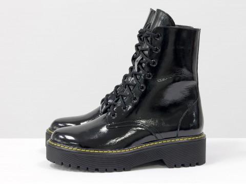 Женские  ботинки из натуральной лаковой кожи на тракторной подошве в стиле Dr. Martens, Б-2069-06
