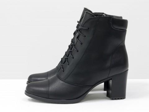 Ботинки со шнуровкой из натуральной кожи черного цвета на устойчивом каблучке , Весна-Лето