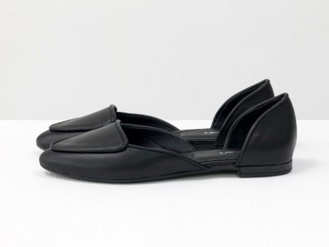 Черные туфли лодочки на низком ходу кожаные , Д-24-04