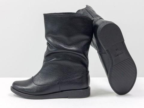 Женские черные сапожки из кожи флотар, М-21-02